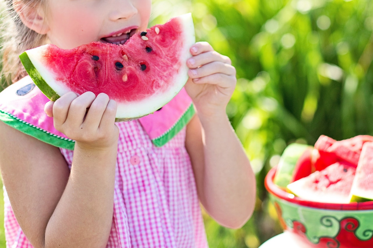 watermelon-summer-little-girl-eating-watermelon-food